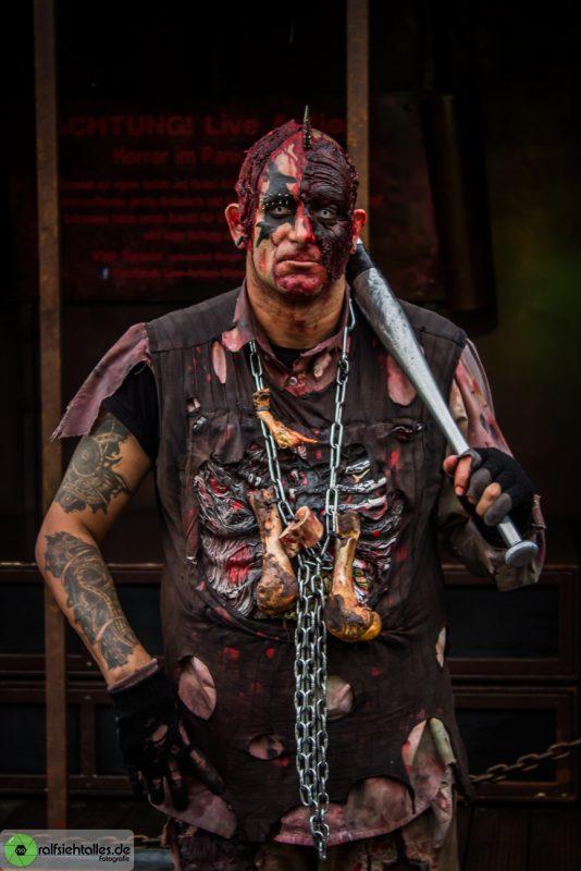 Zombie auf der Cranger Kirmes 2017
