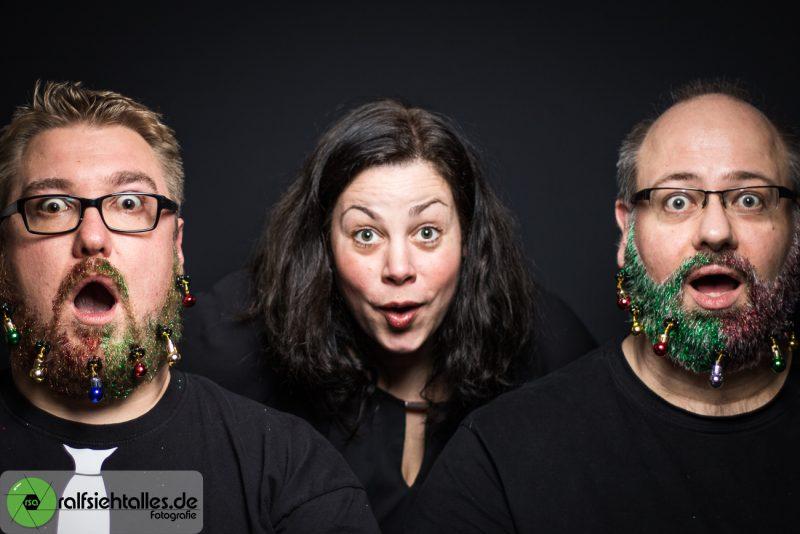 Simone, Tim und Ralf beim verrücken Weihnachtsshooting