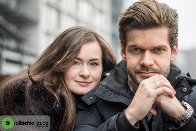 Ekaterina und Max am Hafen