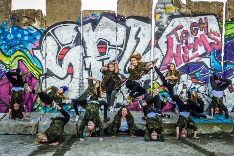 Breakdance-Gruppenfoto mit den Beat Sisters
